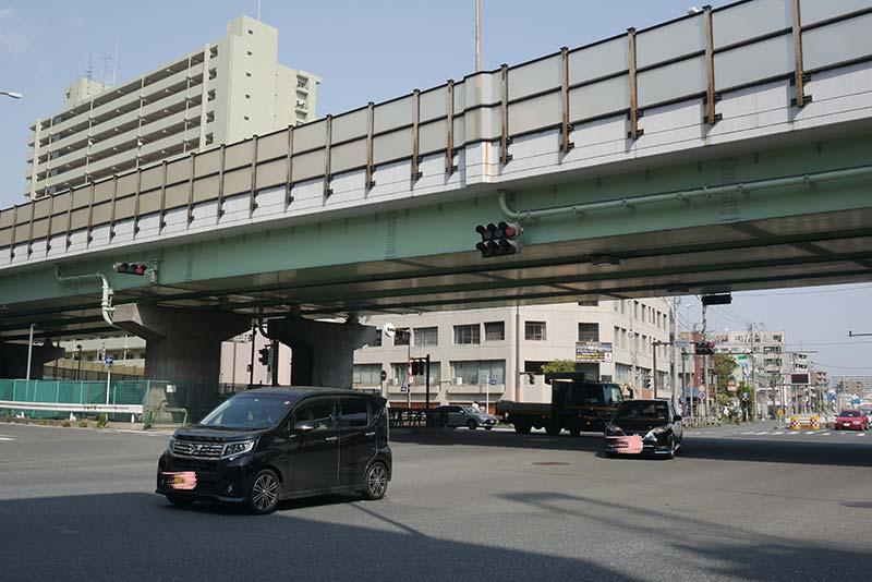 川崎 堀之内の入口 競馬場前交差点 第一京浜と府中街道の交差点
